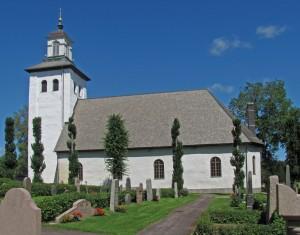Grums kyrka från söder